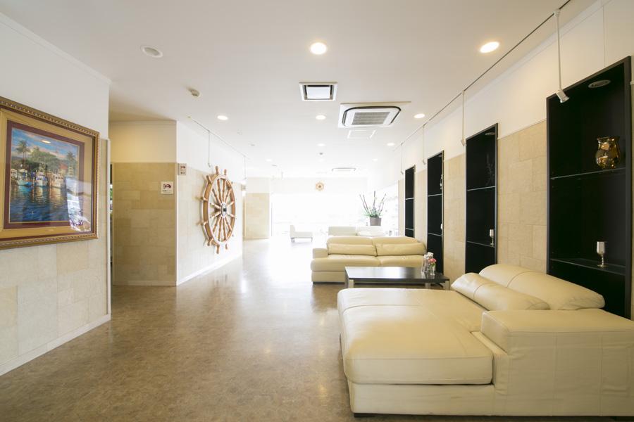 indoor-01